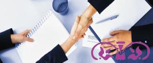 La importancia de firmar presupuestos al contratar servicios de traducción e interpretación